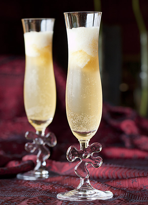 pineapple-sorbet-in-cava