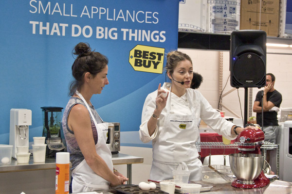 Fonut girls at @bestbuy  #smallappliances