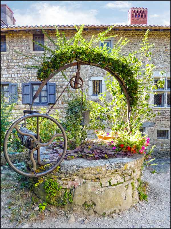 Wishing well in Perouges | She Paused 4 Thought